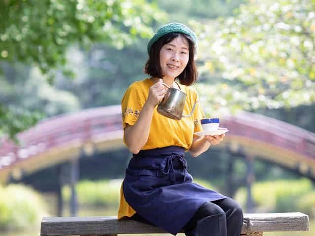 金沢文庫駅すぐのWifi・電源のあるゆっくりできる穴場カフェ「カフェプラス」 スタッフ関野順子
